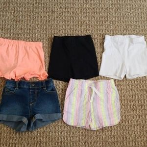 5 pairs of toddler shorts size 12-18 months